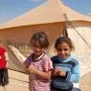 يؤسس 7 مدارس للسوريين في لبنان الاجئين جورج كلوني
